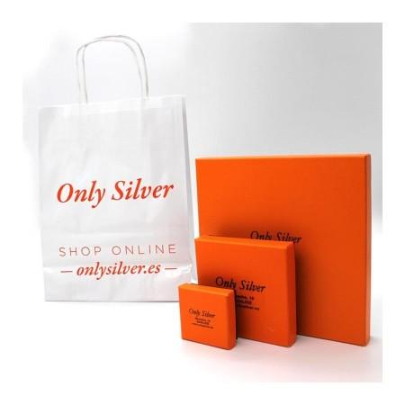Cajas de presentación para el envío de la joya personalizada